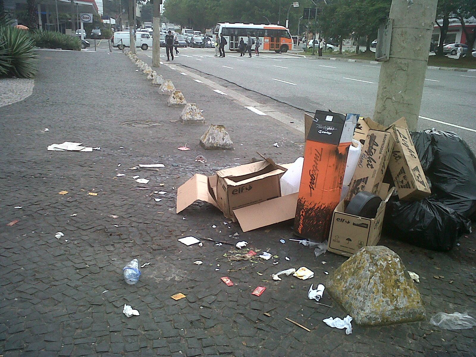 Falta de higiene favorece as pragas nas cidades