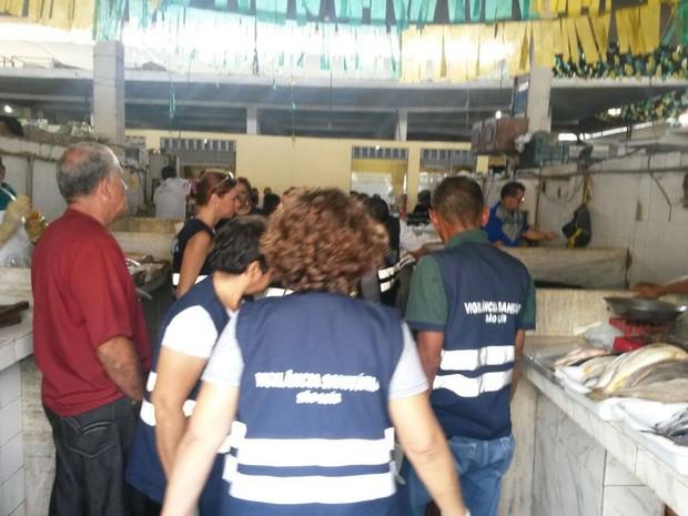 Vigilância encontra ratos e baratas no Mercado Central de São Luís